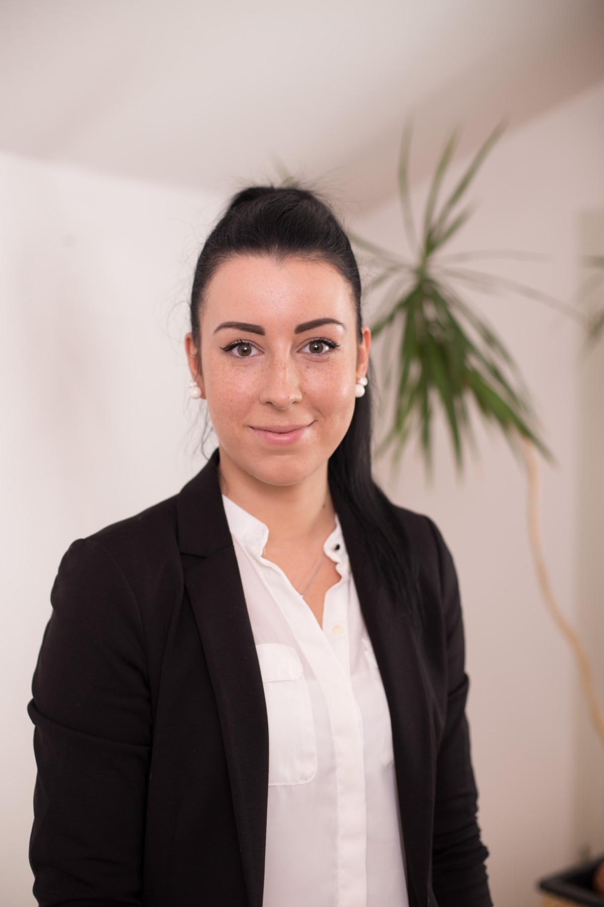 Anja Donlic Auszubildende Verkauf Hyundai Berlin